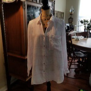 Free People Wh and Pink Button down cotton blouce